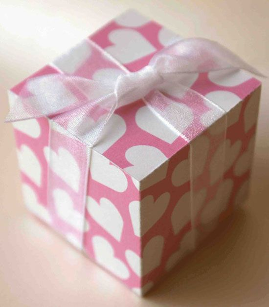20 Amazing Valentines Day Gift Boxes Ideas 2013 For Girlboy Friends