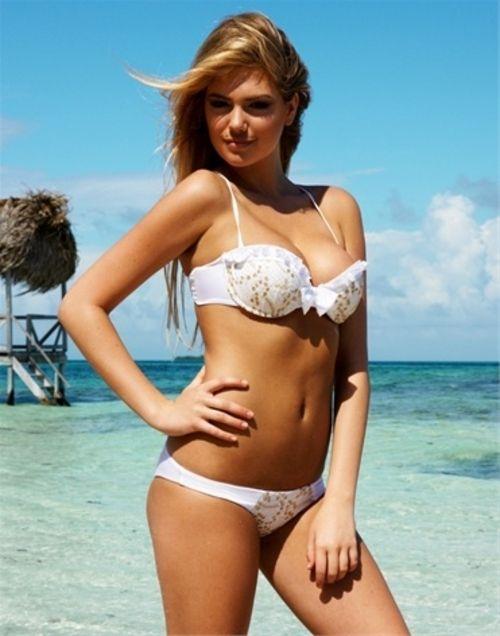 Bikini Con En Dorado Pedrería Foto Para Beach Blanco Color Novias eEHb9WIDY2