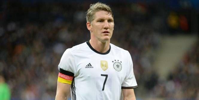 Foot - ALL - Amicaux - Allemagne : Bastian Schweinsteiger forfait pour les amicaux de mars Check more at http://info.webissimo.biz/foot-all-amicaux-allemagne-bastian-schweinsteiger-forfait-pour-les-amicaux-de-mars/