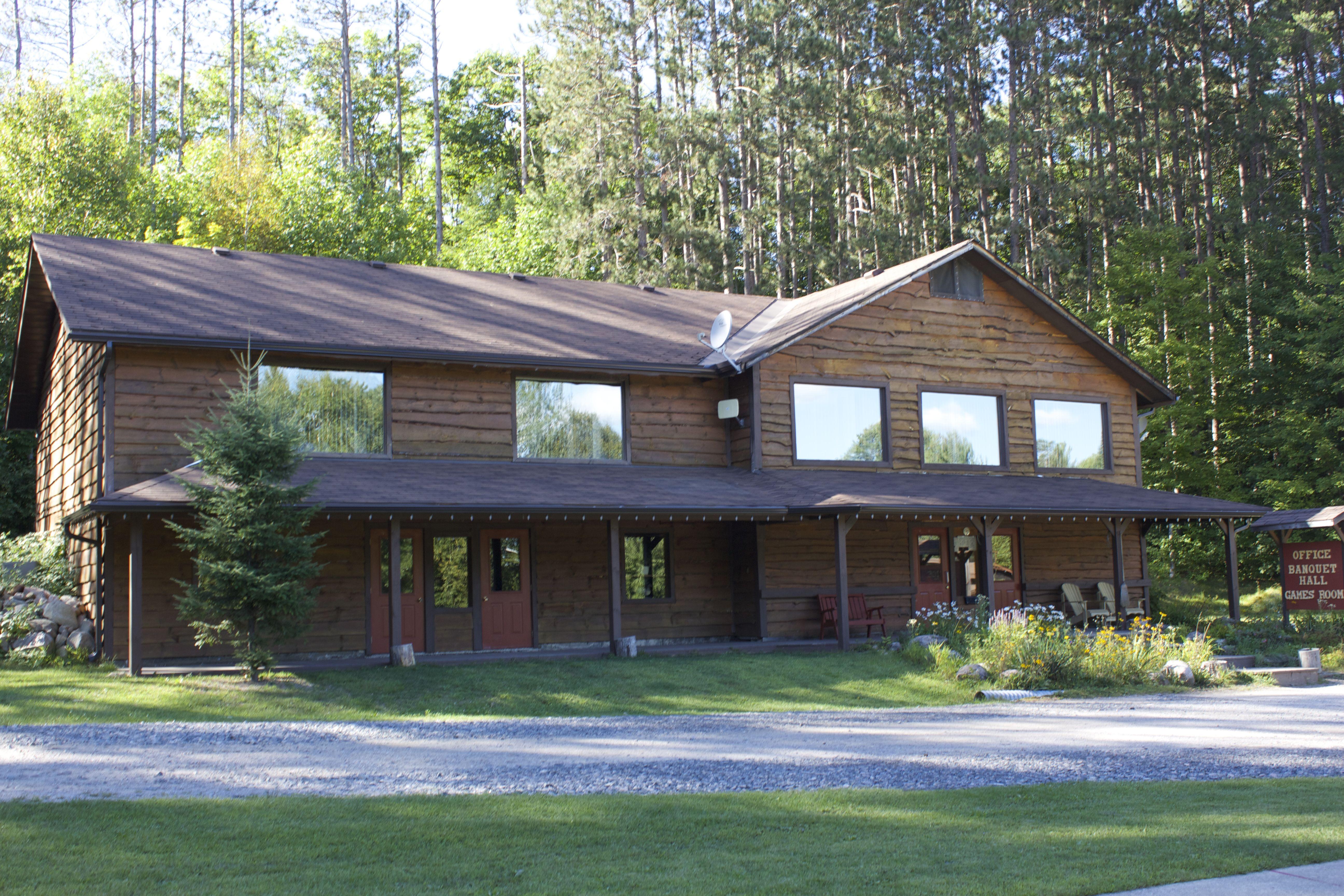 Fine Ontario Accommodations Haliburton Cottage Rentals Download Free Architecture Designs Embacsunscenecom