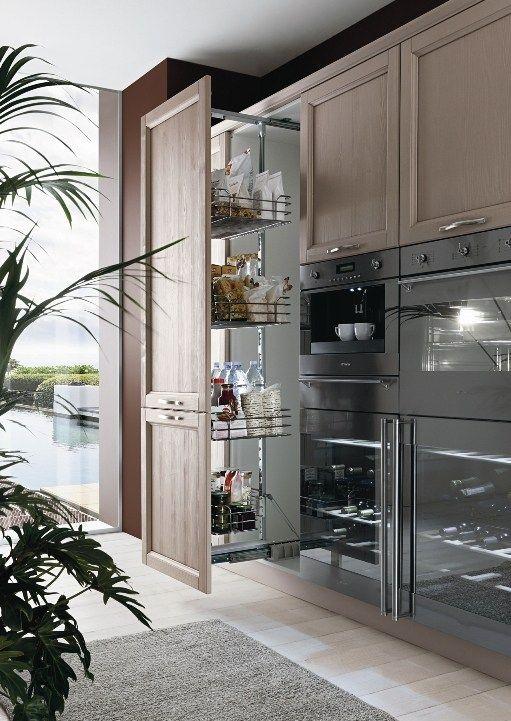 EVERY DAY Küche mit Kücheninsel by Callesella Arredamenti - küchen in grau