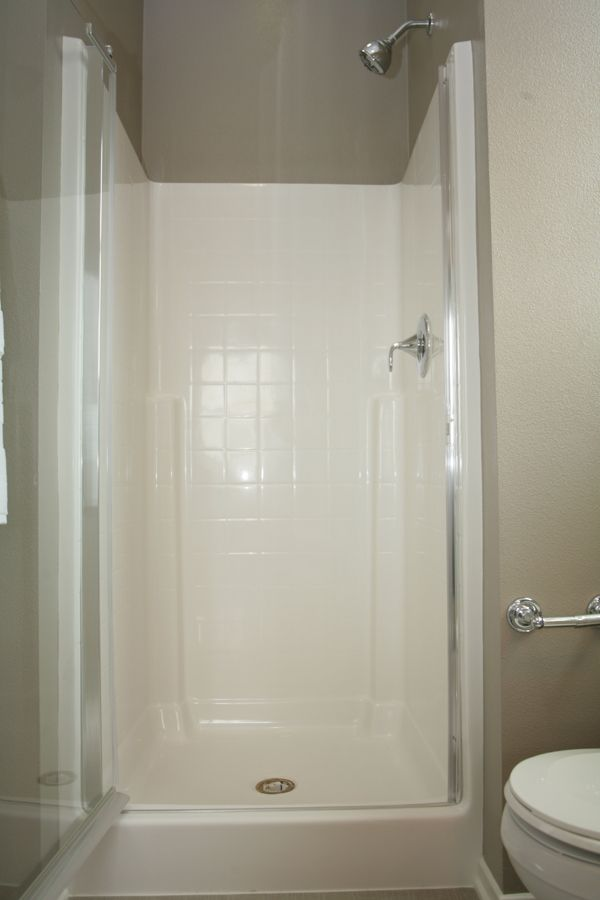 EASY MAINTENANCE TUB/SHOWER SURROUNDS - Secondary bath tub/shower ...