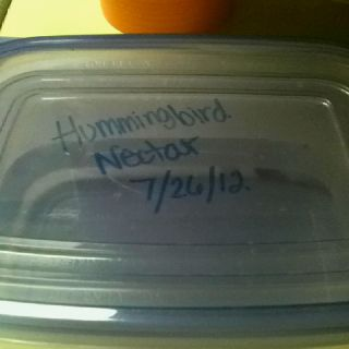 Dry Erase Markers To Label Food Storage Containers In The Fridge Just Wipe It Off To Reuse Food Storage Containers Household Helpers Dry Erase Markers