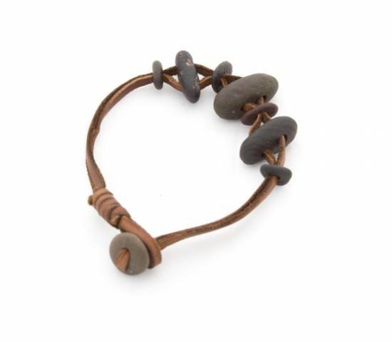 85b9a112c0e7 pulsera de cuero y piedras naturales cordón de cuero