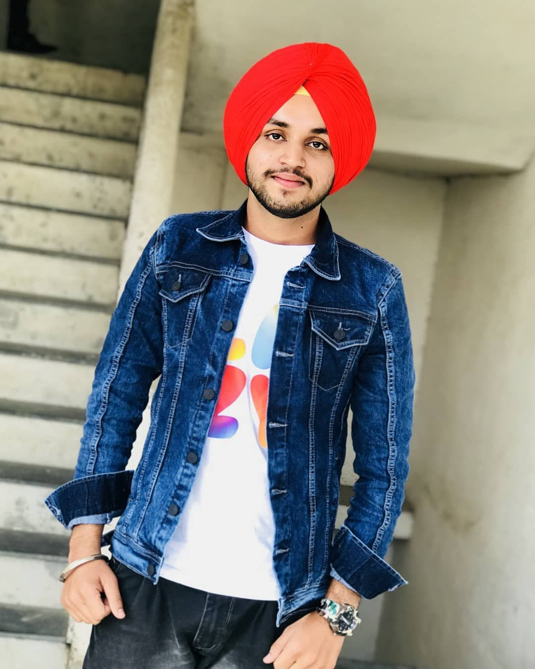 Go for someone who is proud to have you . . . .  sikh  fashion   photooftheday  sardar  sardari Go for someone who is proud to have you… 9b737e342e
