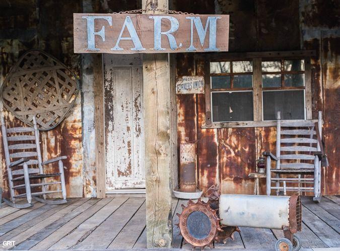 DIY Farm Sign