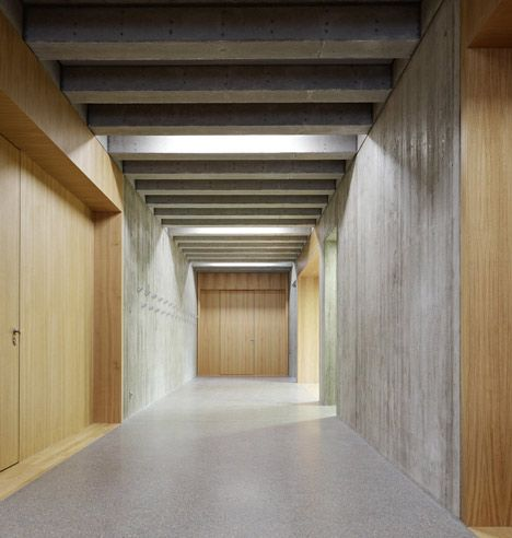 School in southern Germany by Stuttgart architects Klumpp + Klumpp (photo by Zooey Braun)