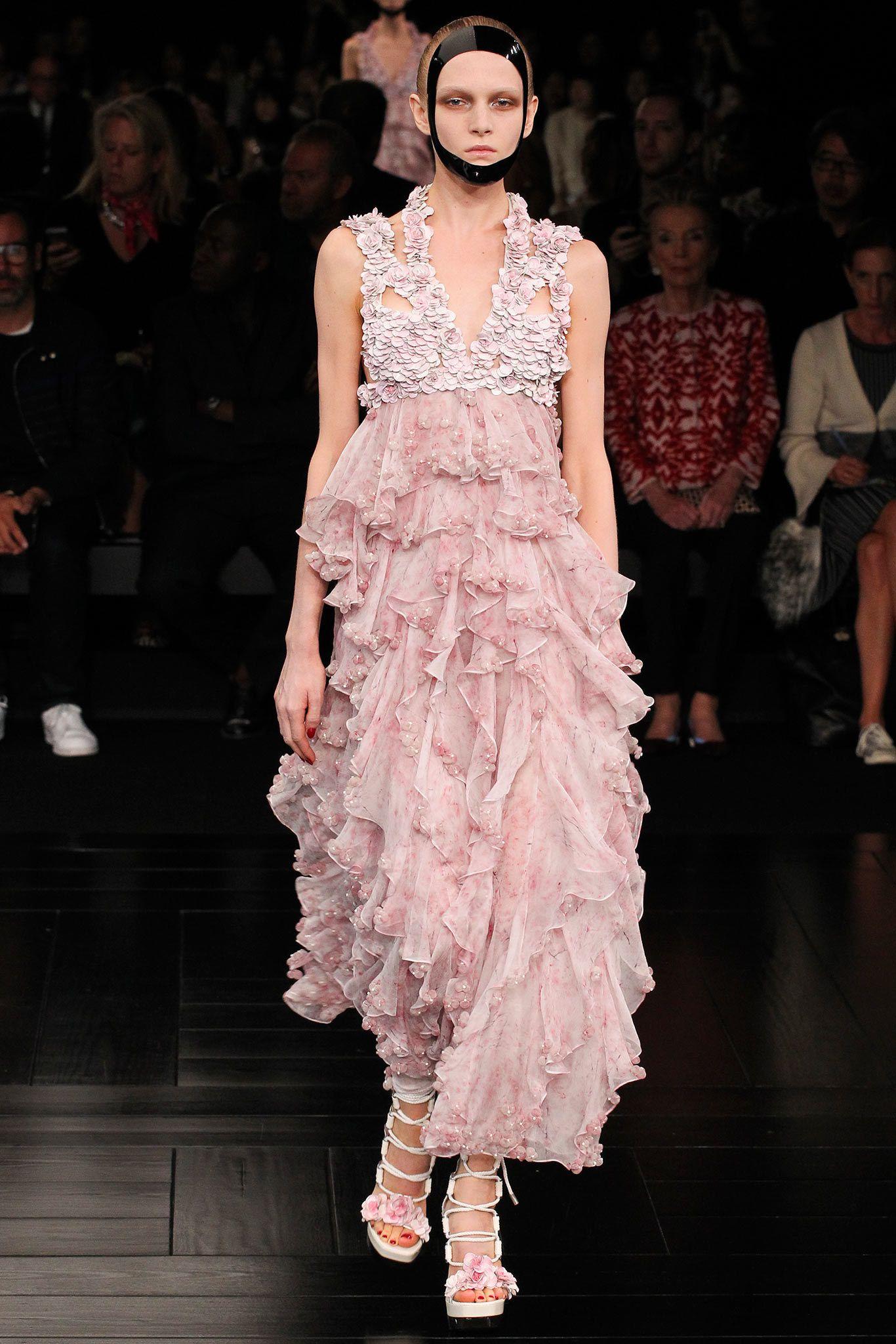 Best dress to wear to a garden wedding  Alexander McQueen Spring  ReadytoWear Fashion Show  Alexander