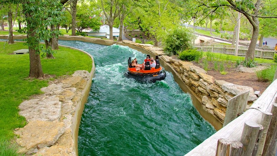 25 Best Things To Do In Kansas City Missouri The Crazy Tourist Kansas City Missouri City Vacation Worlds Of Fun
