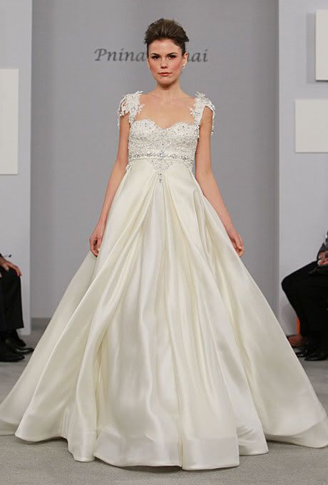 Wedding Dresses for Pregnant Brides