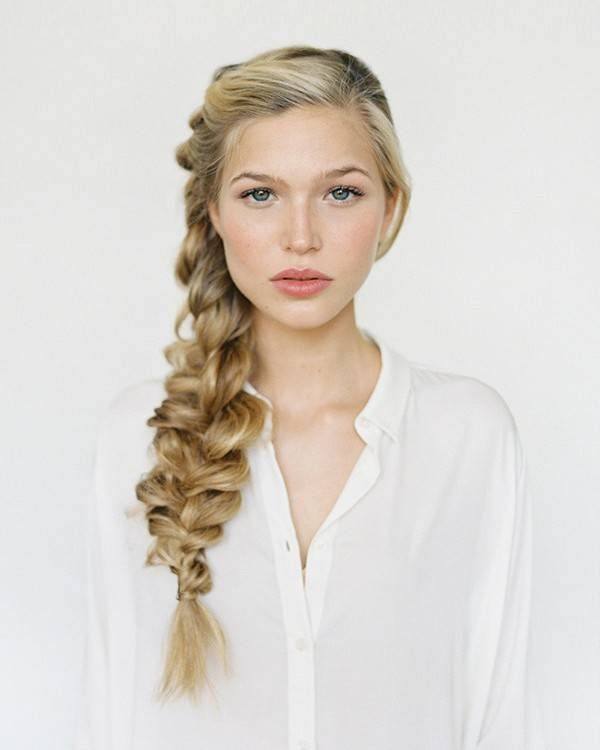 5 Wedding Hairstyles That You Can Actually Do Yourself