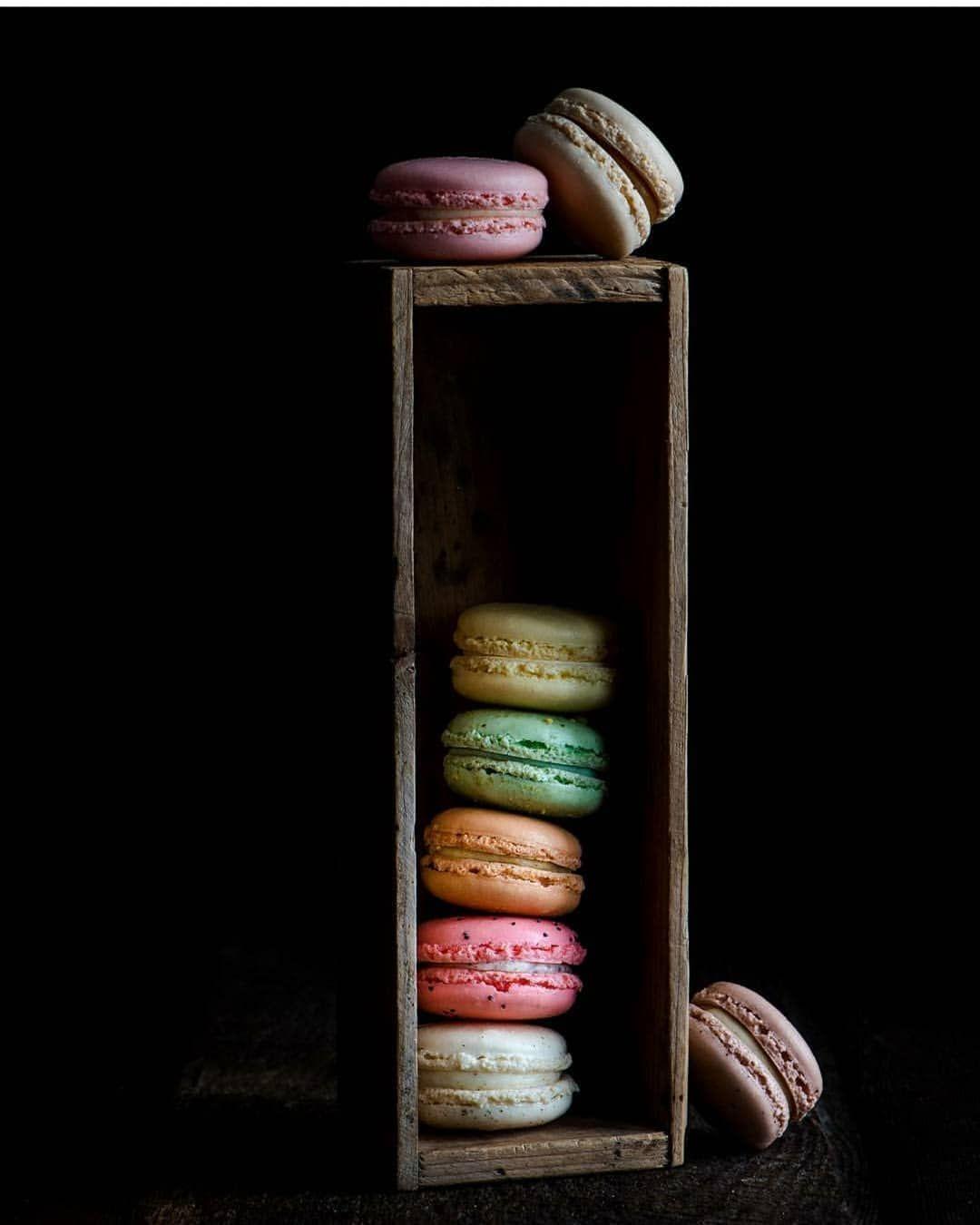Macarons Credi Dark Food Photography Macarons Food Wallpaper