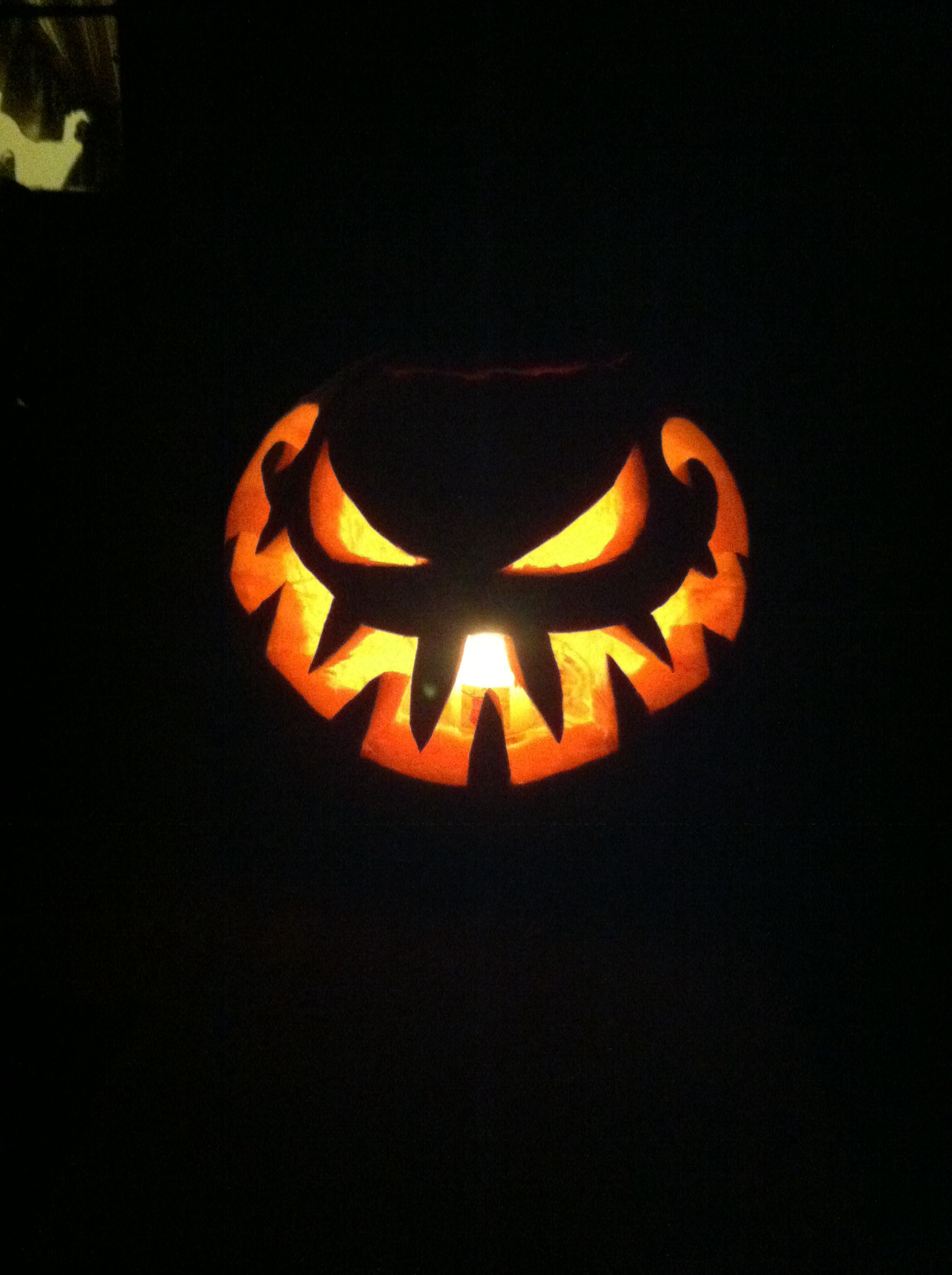 Easy and Scary Halloween Pumpkin Carving Idea Scary