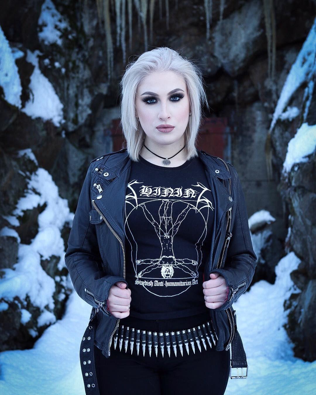 #blackmetalgirl | Metal chicks fashion, Black metal girl