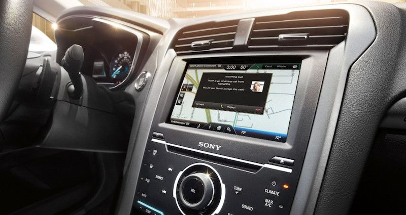 Free Ford Sync Update Now Includes 'Siri EyesFree' Ford