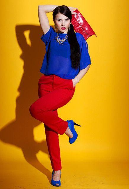 Combinación colores primarios azul y rojo | Pantalon rojo mujer ...