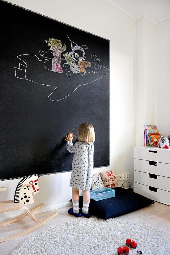 Tolle Idee: die riesige Tafel-Wand im Kinderzimmer | Kids ...