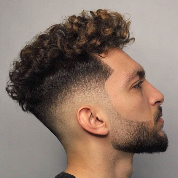 How To Get Curly Hair For Men Mens Hairstyles Curly Men S Curly Hairstyles Short Curly Haircuts