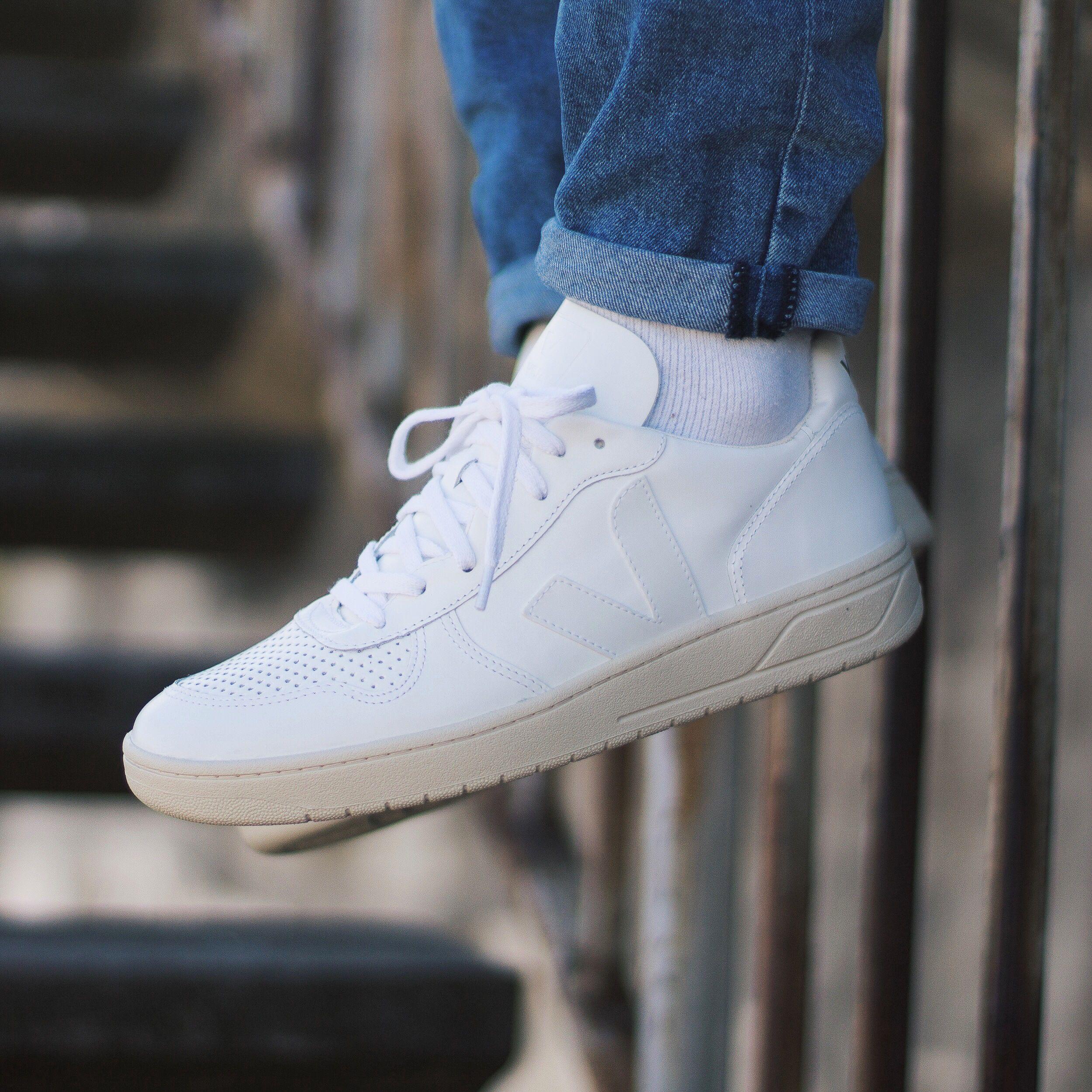 Veja - V10 Extra White. Harper Store  edc39c031