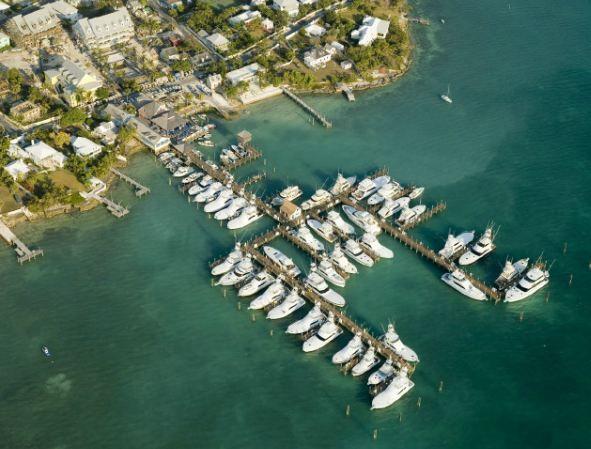 aerial view valentines marina north eleuthera