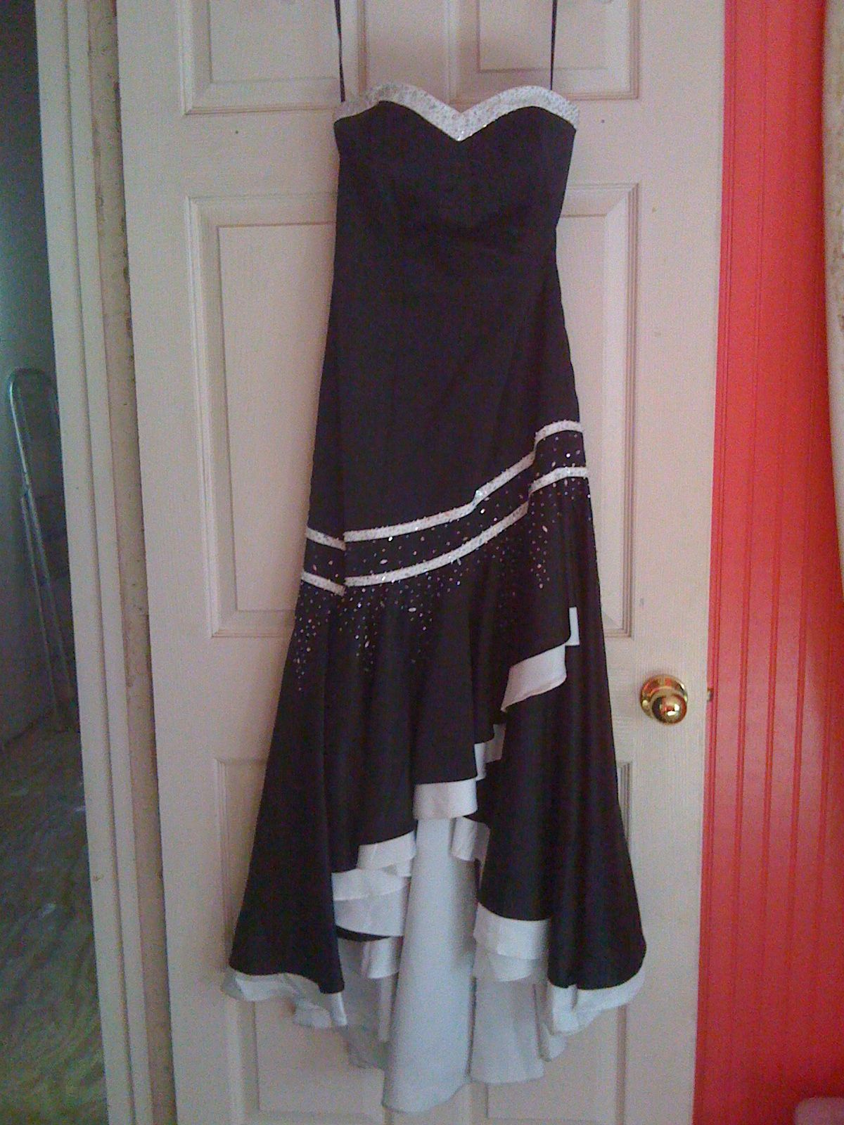 Used Black and White Evening Gown / Prom Gown in hockley\'s Garage ...