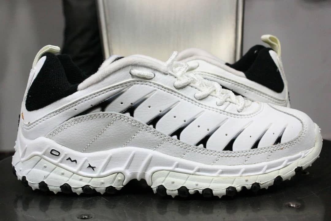 2019 的 Reebok DMX 90s Vintage | 鞋子 主题