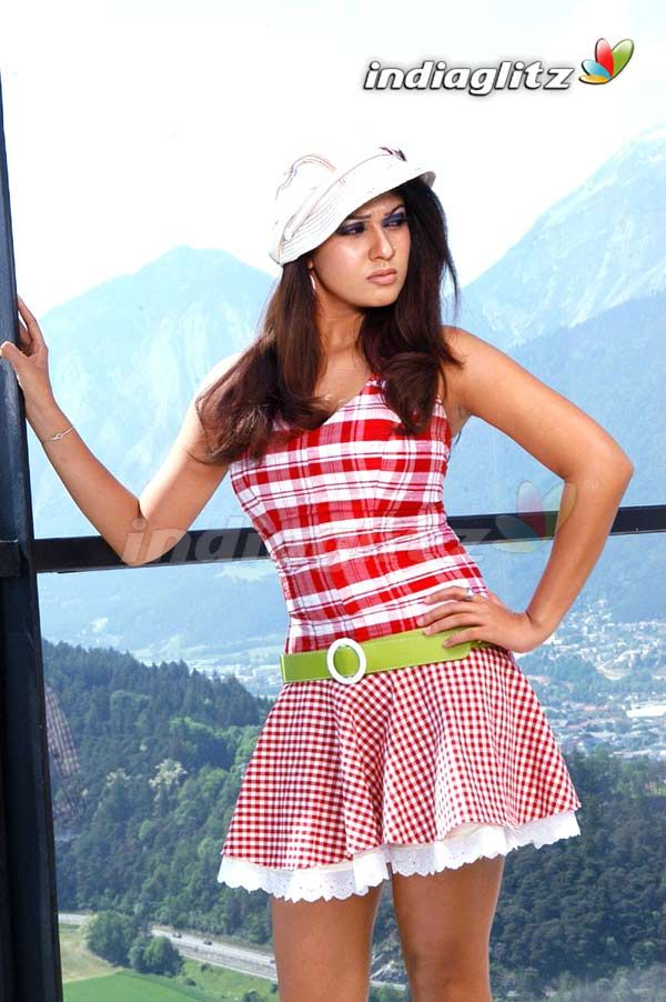 skirt gaillery Indian girls up