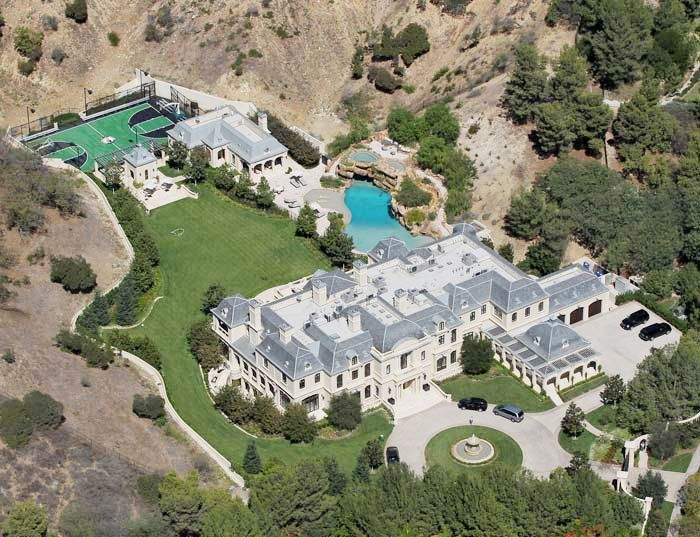A Look Inside Bruce Willis Secluded 13 Million New York Country