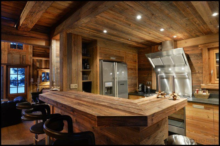 D coration int rieur chalet montagne 50 id es inspirantes residence de vacances interieur for Interieur chalet montagne photo