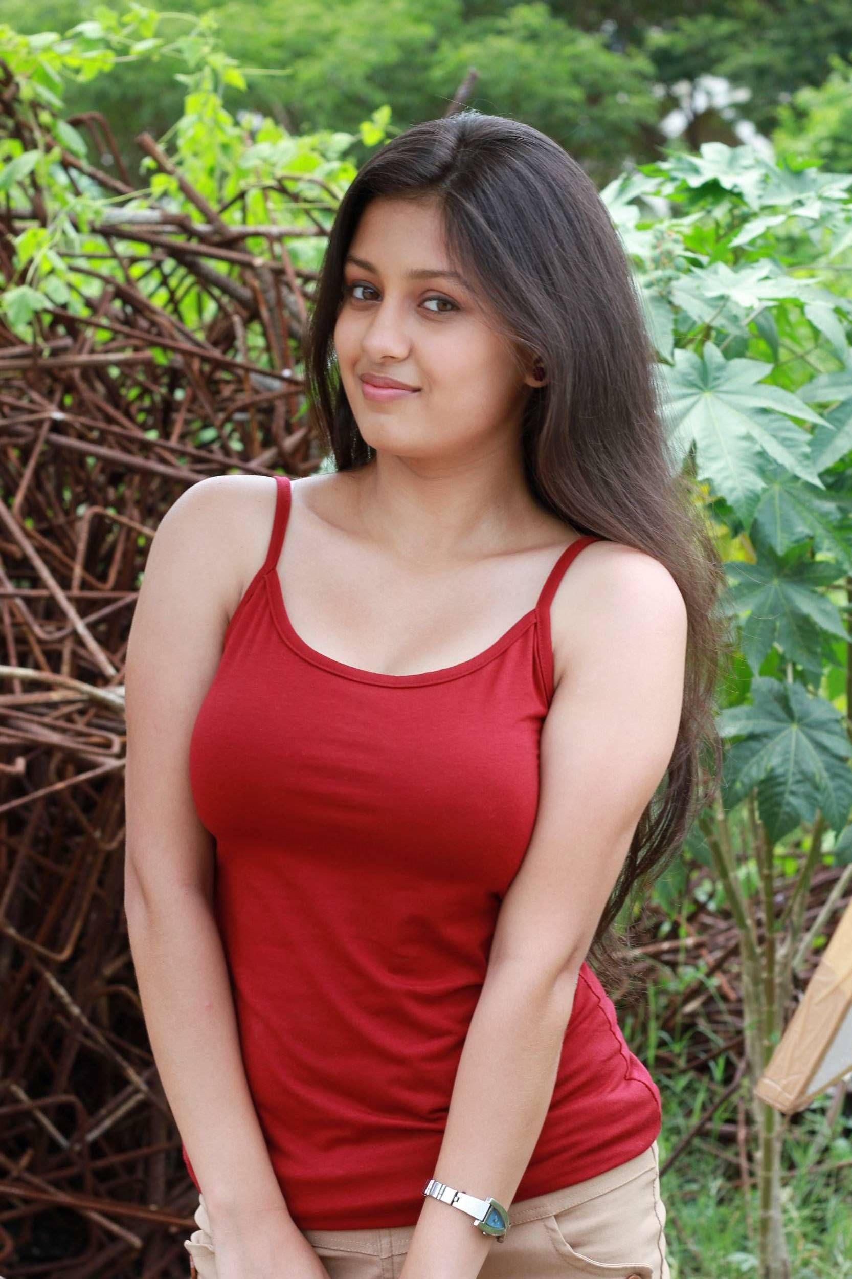 hot pics of agneepath actress kanika tiwari | bollywood actresses