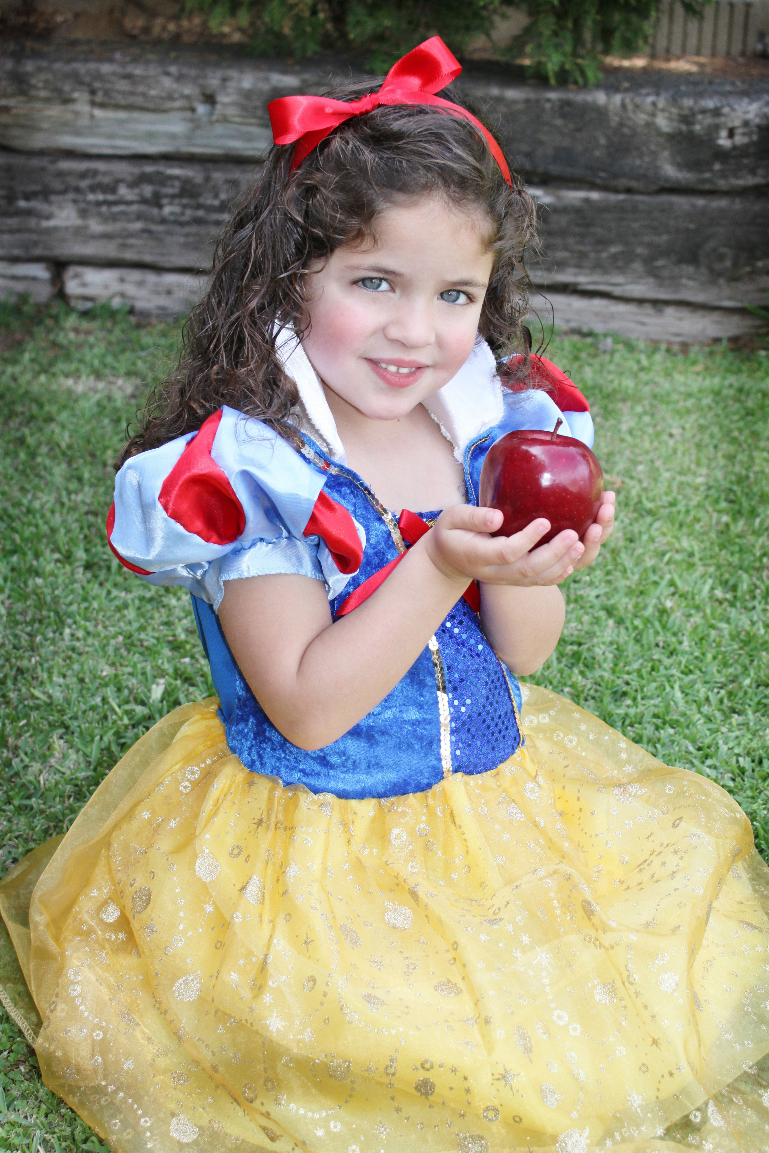 My beautiful Isabella as Snow White