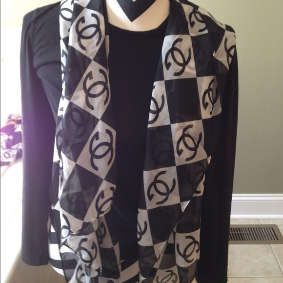 Chanel black and white scarf Very nice. Not sure of authenticity that is why it is such a great price Accessories Scarves & Wraps
