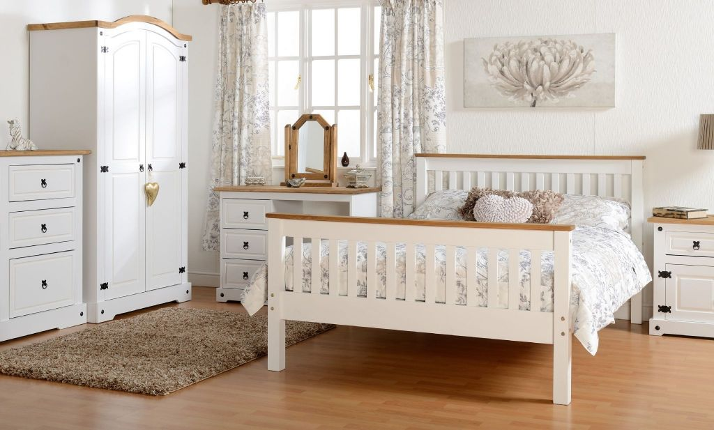 White Pine Bedroom Furniture Images Of Master Bedroom Interior