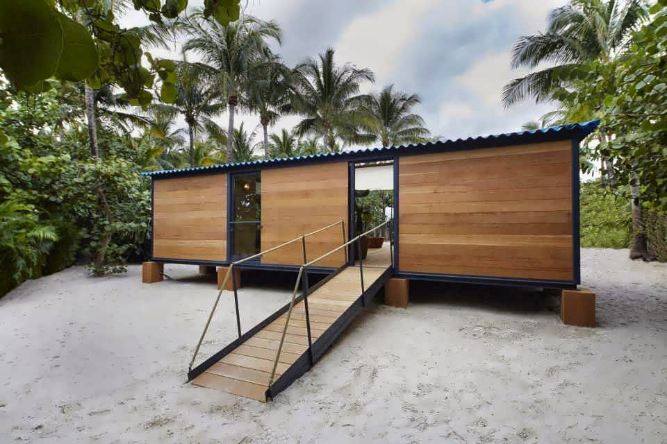 Minimalis Bleach House With Low Cost But Keep Comfortable for Family Living or Vacation