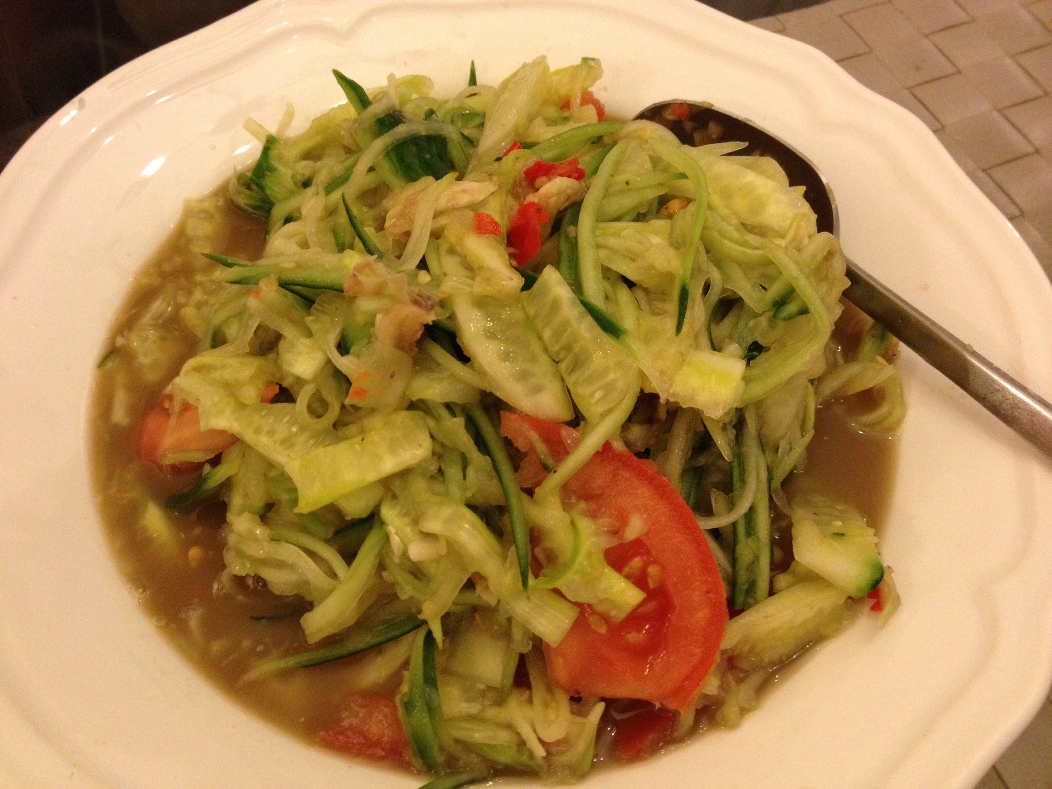 Salade De Concombre Au Kapi Cuisine Laotienne Ma Cuisine - Cuisine laotienne