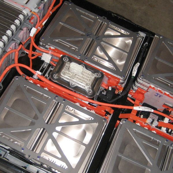 Reverse Engineering A Nissan Leaf Battery Pack Nissan