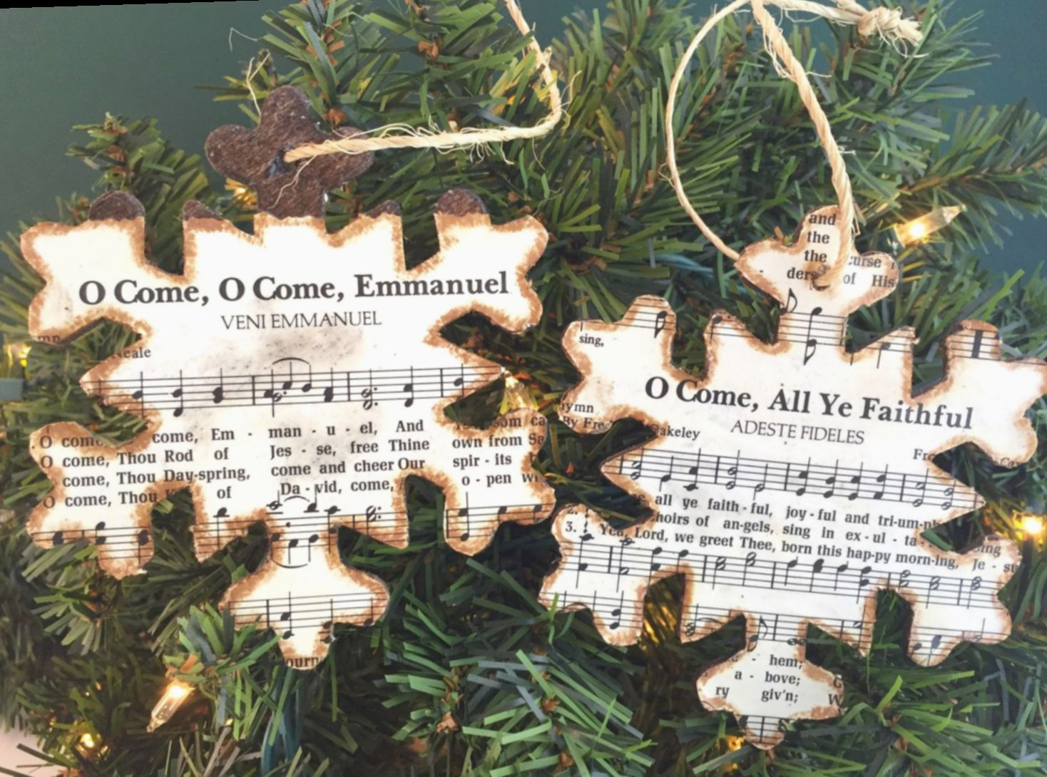 Wooden Ornaments Snowflakes Christmas Ornaments Snowflakes Wooden Ornament Christm Christmas Ornaments Diy Christmas Ornaments Rustic Music Christmas Ornaments