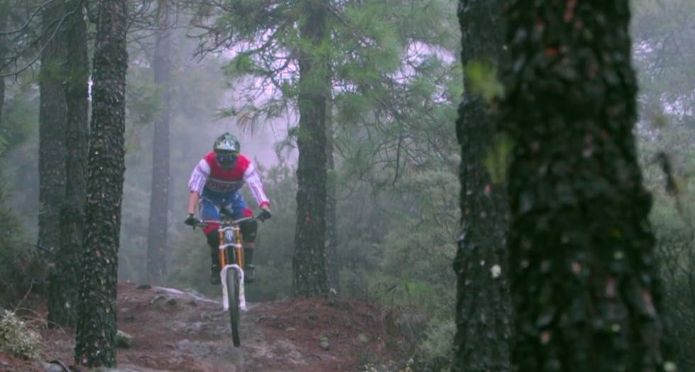 VIDEO ADAY MEDINA team rider MTB