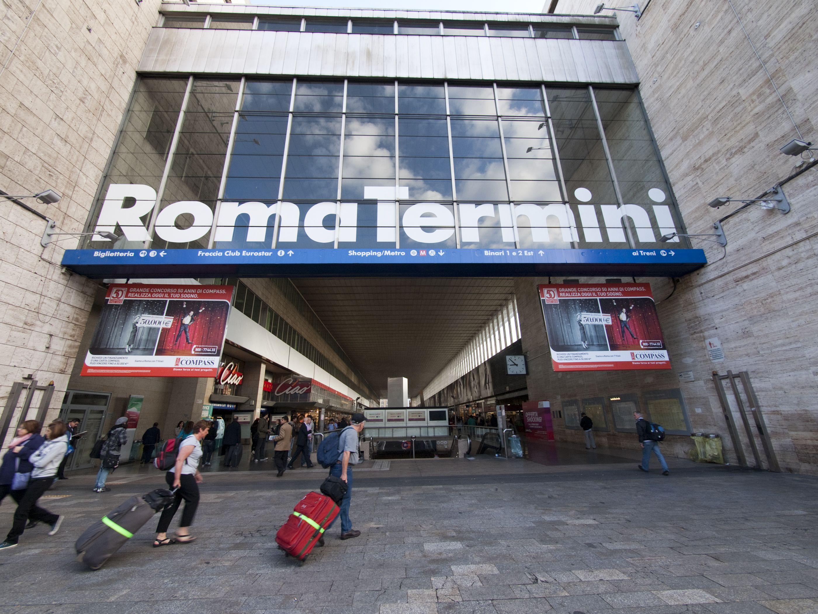 Roma Termini Stazioni  Rome Termini Station