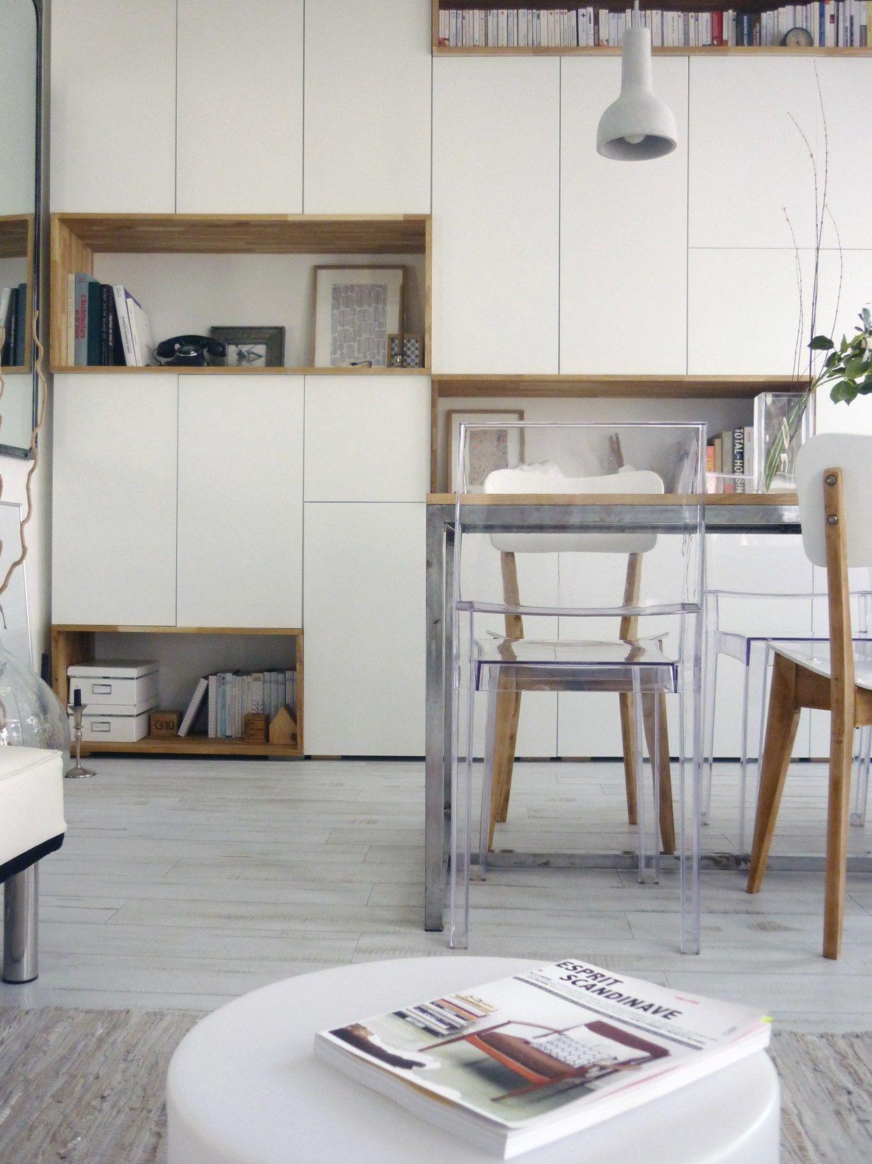 mur rangements blanc bois scandinave | Rangement salon ...