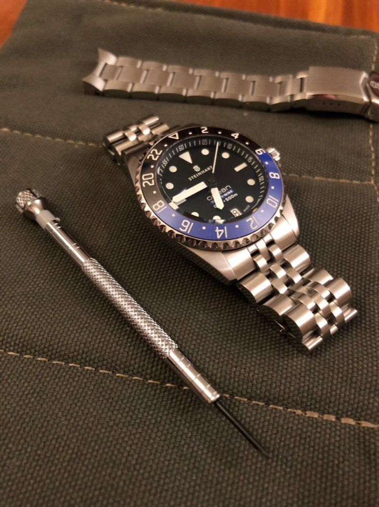 Pin By Rcr On Vintage Rolexes Gmt Watches Bracelet Watch