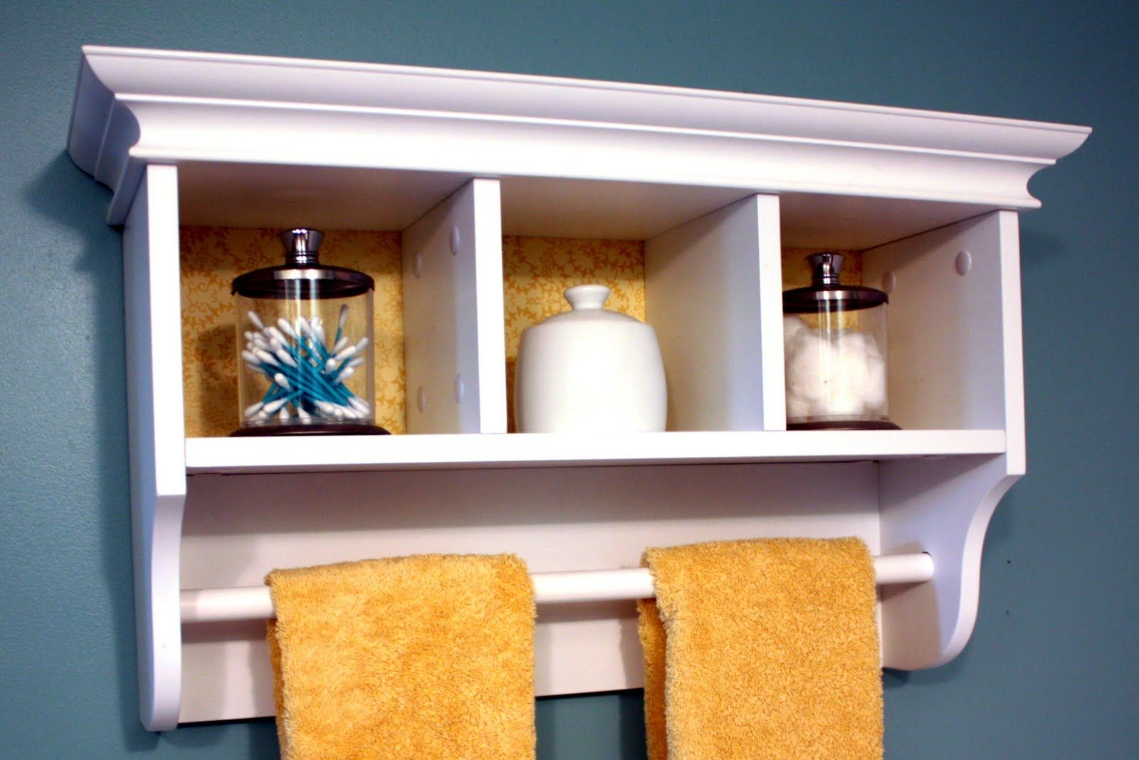 White Wall Shelf With Towel Bar | http://gagnant59.com | Pinterest ...