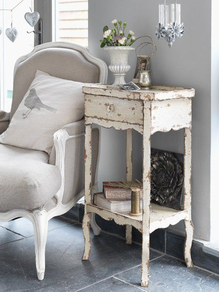 Badz Kreatywny Uwolnij Siebie Styl Prowansalski Living Room Decor Inspiration Vintage Bedside Table Home