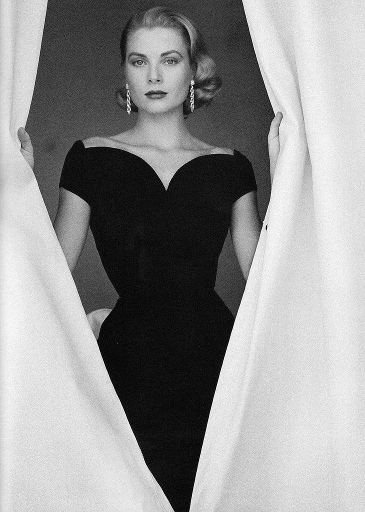 Grace Kelly ©Howell Conant