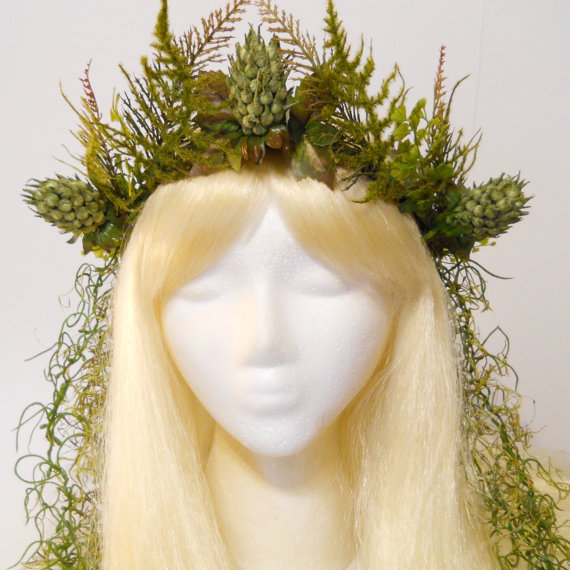 Items similar to Queen of the Fairies Crown Moss Fern Crown Queen King of the Forest Woodland Wedding Nymph Fairy Goddess Gaia Headdress Burning Man Costume on Etsy