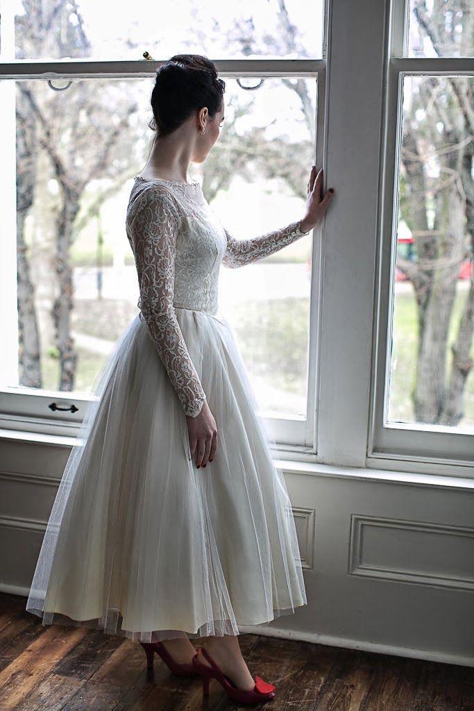 Heavenly Vintage Brides Uk Vintage Wedding Blog Vintage Wedding Dresses Tea Length Wedding Dress Vintage Style Wedding Dresses Lace Wedding Dress Vintage