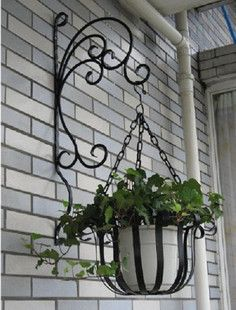 Heavy Duty French Iron Scroll Garden Plant Pot Lamp Hook Hanger