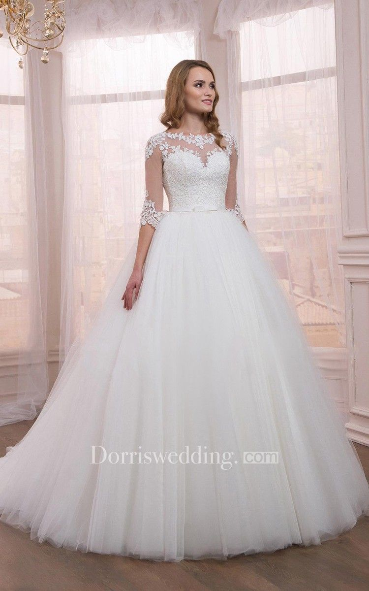 Half sleeve tulle ball gown dress with appliques wedding dress