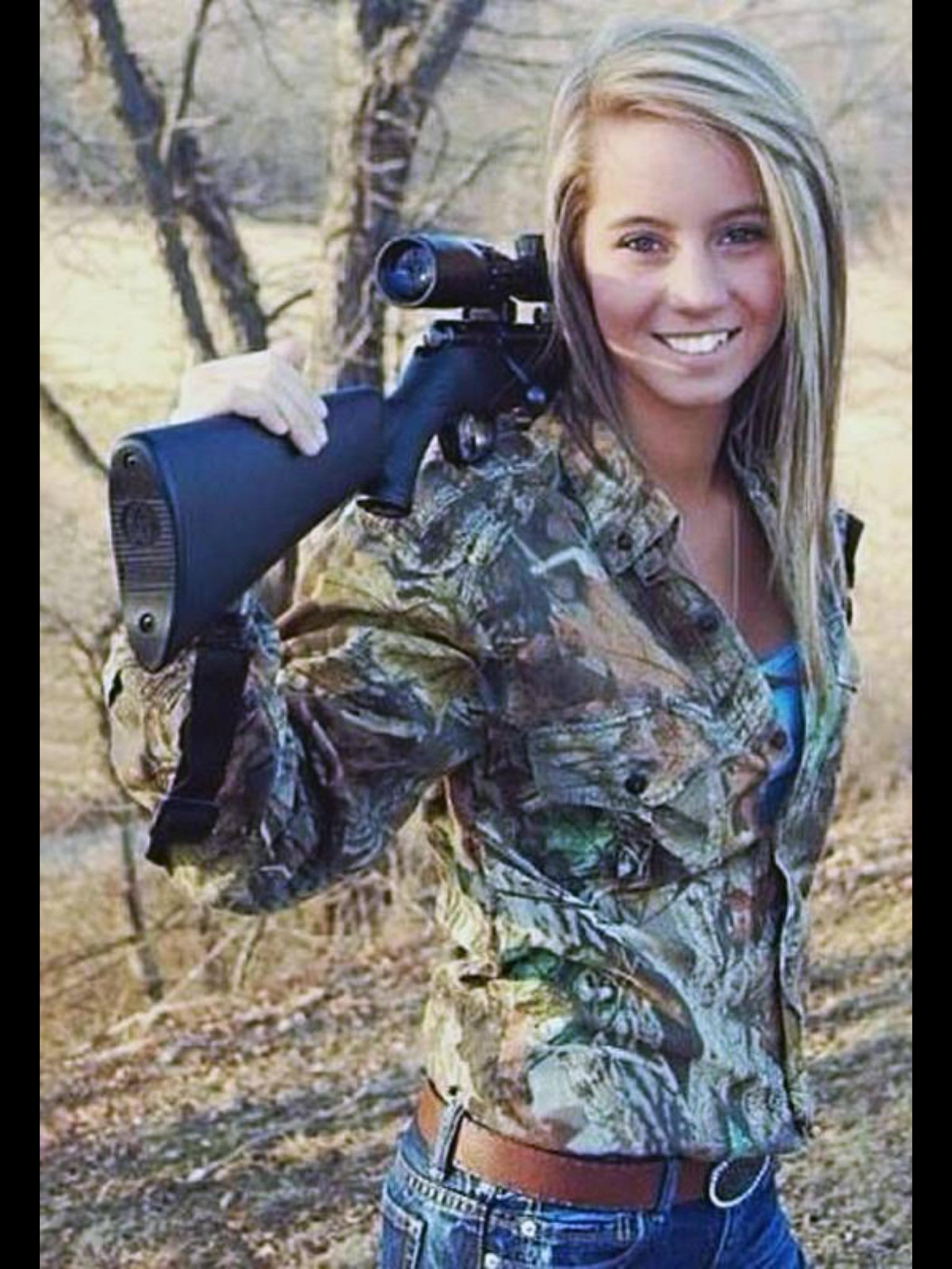 Hot girls hunting Pin By Jennifer Rohen On Women And Guns Military Girl Girl Guns Women Guns