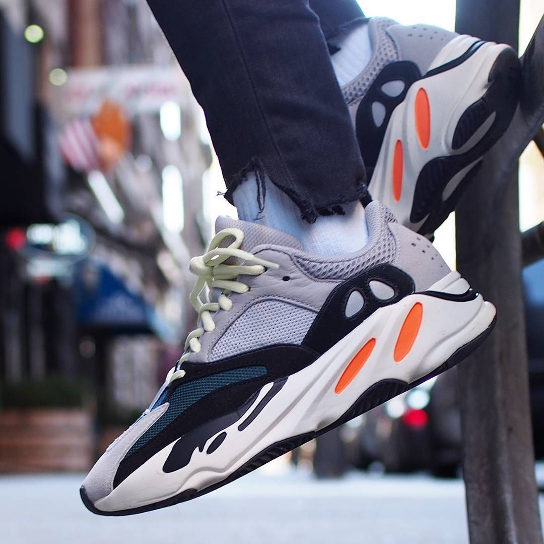 huge discount a9312 ab153 adidas YEEZY Wave Runner 700 | Fashion707 in 2019 | Sneakers ...